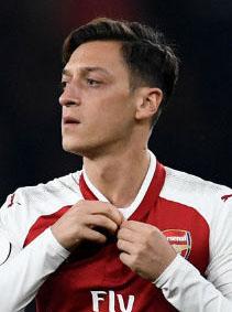 Mesut Özils neuer Look